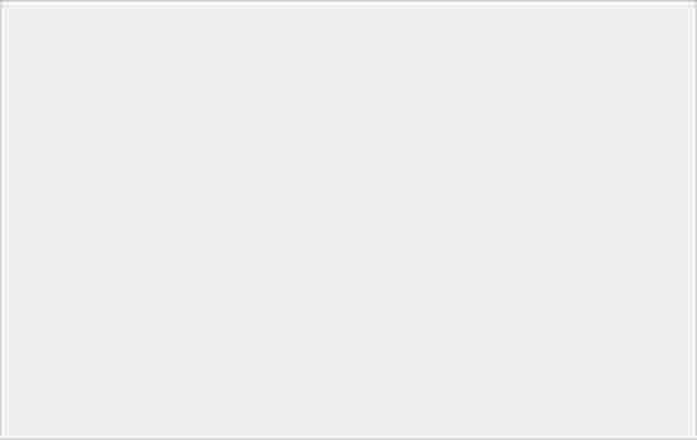 See Through 有用!實玩透明機蓋 LG GD900-10