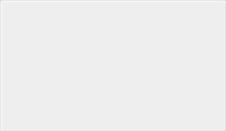 LG V30 到港. 評測:相機比拼 Note 8、即時跑分、Cine Video 試玩